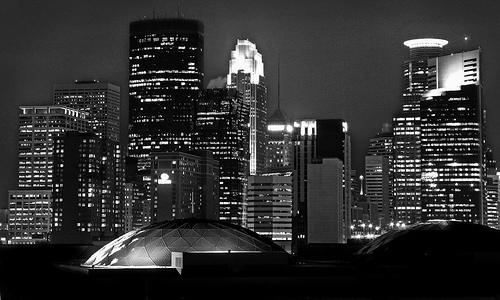 Minneapolis_Skyscrapers_Photo: CC Mr. Moment