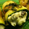 Mintdressing med ricottafylld zucchini